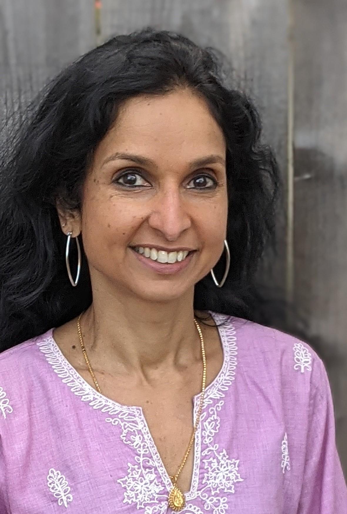 Sridevi Ramanathan Headshot